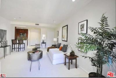 Hancock Park-Wilshire (C18) Condo/Townhouse For Sale: 585 North Rossmore Avenue #506