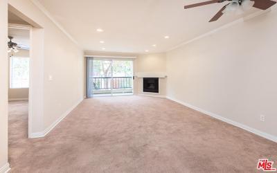 Woodland Hills Condo/Townhouse For Sale: 21550 Burbank Boulevard #217