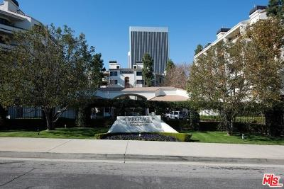 Los Angeles County Condo/Townhouse For Sale: 2122 Century Park Lane #216
