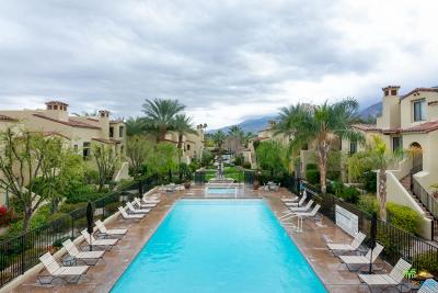 Palm Springs Condo/Townhouse For Sale: 233 East Villorrio Drive #33