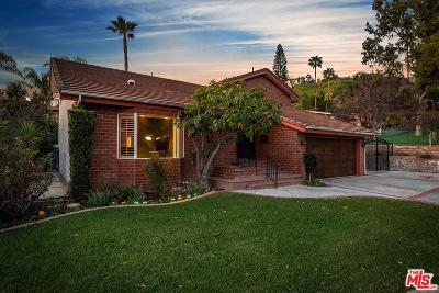 Burbank Single Family Home For Sale: 947 Cambridge Drive