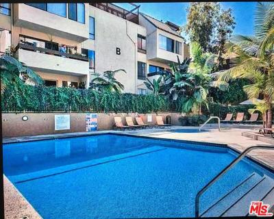 West Hollywood Condo/Townhouse For Sale: 950 North Kings Road #147