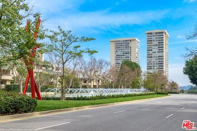 Los Angeles County Condo/Townhouse For Sale: 2220 Avenue Of The Stars #603