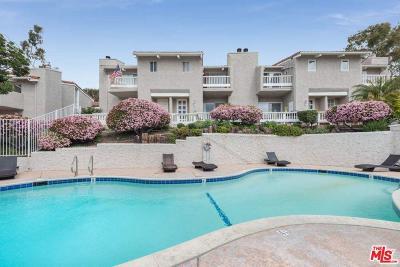 Malibu Condo/Townhouse Active Under Contract: 28282 Rey De Copas Lane
