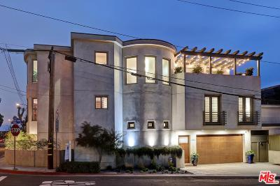 Manhattan Beach Single Family Home Active Under Contract: 432 10th Place