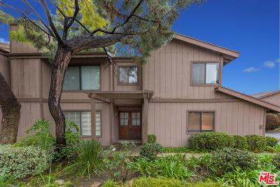La Crescenta Condo/Townhouse For Sale: 15 Northwoods Lane