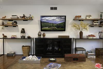 Tarzana Single Family Home Active Under Contract: 6331 Wynne Avenue