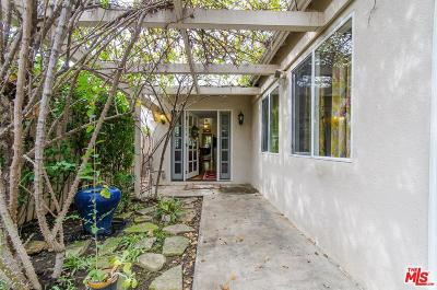 Woodland Hills Single Family Home Active Under Contract: 5073 Topanga Canyon