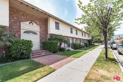 Chatsworth Condo/Townhouse For Sale: 10065 De Soto Avenue #302
