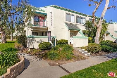 Northridge Condo/Townhouse For Sale: 18508 Mayall Street #H