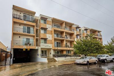 Los Angeles Condo/Townhouse Active Under Contract: 3061 West 12th Place #403