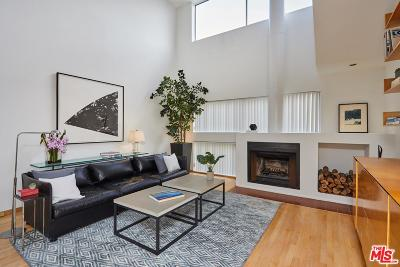 Los Angeles County Condo/Townhouse For Sale: 11699 Brookhaven Avenue #5