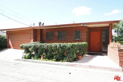 Single Family Home For Sale: 8848 Hollywood