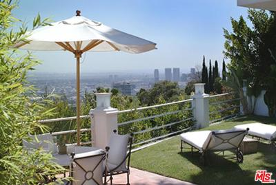 Los Angeles County Single Family Home For Sale: 9238 Kinglet Drive