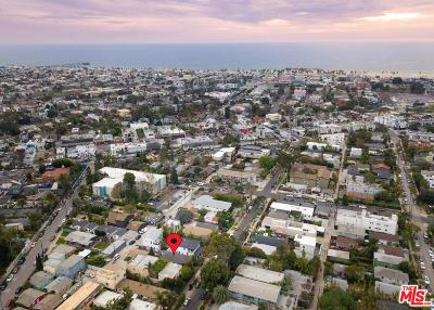 Los Angeles County Residential Income Active Under Contract: 628 Santa Clara Avenue