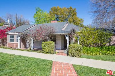 Sherman Oaks Single Family Home For Sale: 13905 Valley Vista