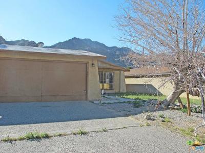 La Quinta Single Family Home For Sale: 53905 Avenida Diaz