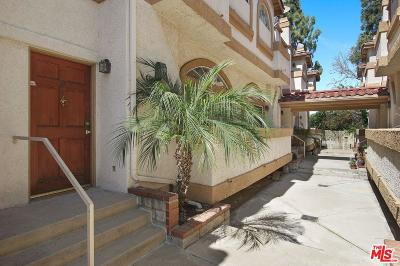 Los Angeles County Condo/Townhouse For Sale: 20008 Sherman Way #D