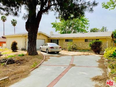 Single Family Home For Sale: 11433 Camaloa Avenue