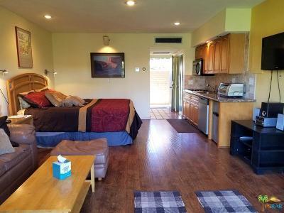 Palm Desert Condo/Townhouse For Sale: 73850 Fairway Drive #115