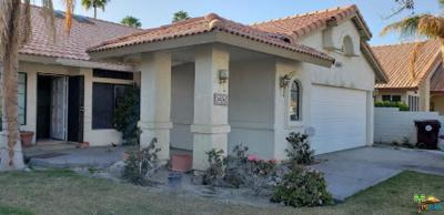 Cathedral City Single Family Home Active Under Contract: 68262 Descanso Circle