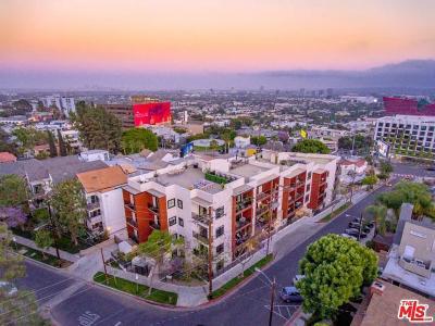 Los Angeles County Condo/Townhouse For Sale: 8788 Shoreham Drive #23