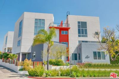 Los Angeles County Condo/Townhouse For Sale: 616 North Croft Avenue #PH10
