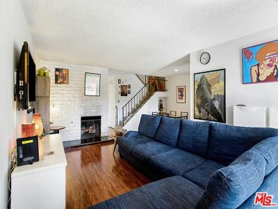 Reseda Condo/Townhouse Active Under Contract: 8111 Canby Avenue #3