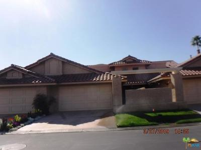 Palm Desert Condo/Townhouse For Sale: 41675 Woodhaven Drive
