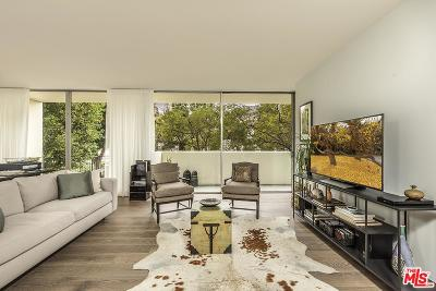 Los Angeles County Condo/Townhouse For Sale: 2220 Avenue Of The Stars #205