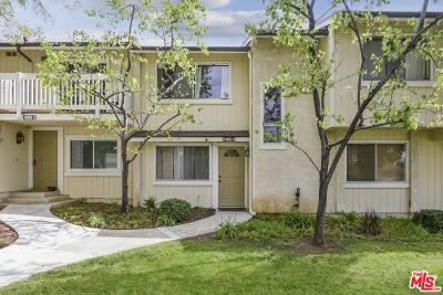 Moorpark Condo/Townhouse For Sale: 14860 Reedley Street #B
