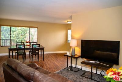 Los Angeles County Condo/Townhouse For Sale: 10982 Roebling Avenue #323