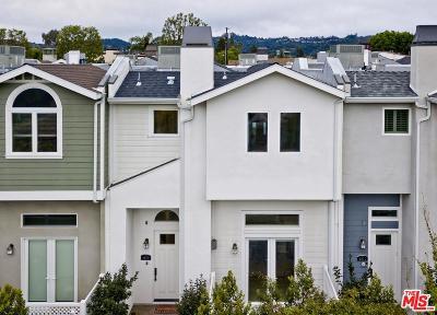 Valley Village Condo/Townhouse Active Under Contract: 4809 Gentry Avenue
