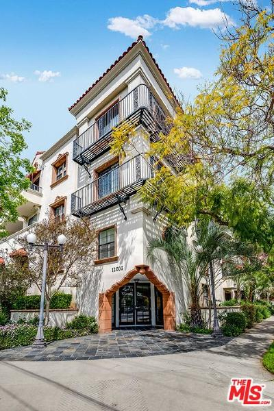 Studio City Condo/Townhouse For Sale: 12603 Moorpark Street #103