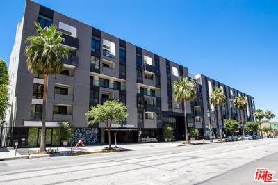 Condo/Townhouse For Sale: 1234 Wilshire #203