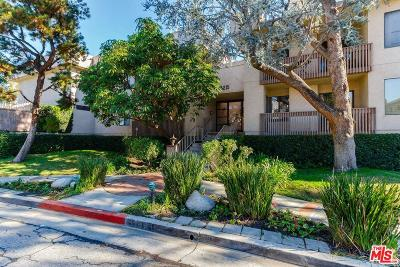 Sherman Oaks Condo/Townhouse For Sale: 15215 Magnolia #106
