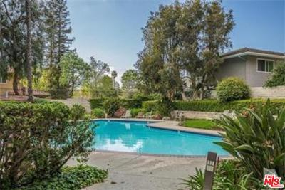 Westlake Village Condo/Townhouse For Sale: 31574 Agoura Road #6