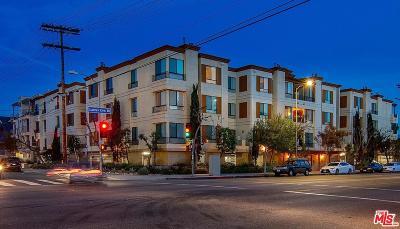 North Hollywood Condo/Townhouse For Sale: 6938 Laurel Canyon #115
