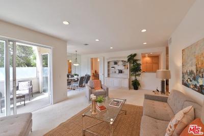 Encino Condo/Townhouse For Sale: 4949 Genesta Avenue #305