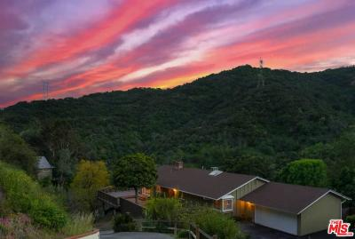 Single Family Home For Sale: 3916 Mandeville Canyon Road