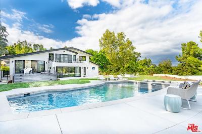 Tarzana Single Family Home For Sale: 19656 Valdez Drive