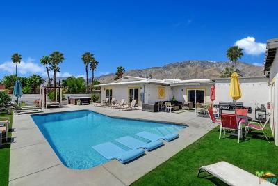 Palm Springs Single Family Home For Sale: 2110 North Avenida Caballeros