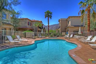 La Quinta Condo/Townhouse For Sale: 50610 Santa Rosa Plaza #3