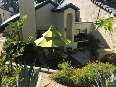 Palm Springs Condo/Townhouse For Sale: 61 Portola Drive