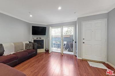 Sherman Oaks Condo/Townhouse For Sale: 4511 Murietta Avenue #9