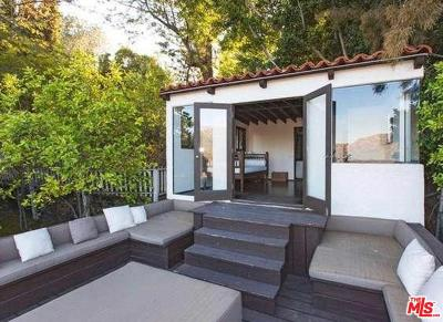 Single Family Home For Sale: 3104 Hollyridge Drive