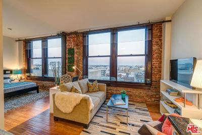 Condo/Townhouse Active Under Contract: 460 South Spring Street #904