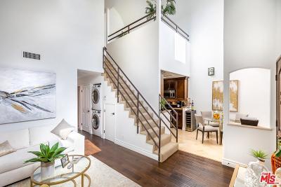 Studio City Condo/Townhouse Sold: 4128 Whitsett Avenue #203