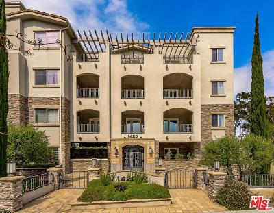 Condo/Townhouse For Sale: 1420 South Bundy Drive #205