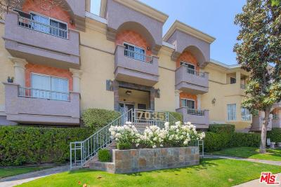 Condo/Townhouse For Sale: 7035 Woodley Avenue #113